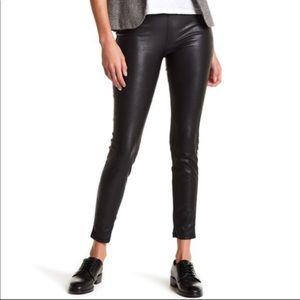 Blank NYC pull on black leggings size 28